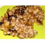 Грибы с сельдереем в яблочном соусе