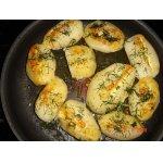Запеченный картофель с сырной полоской