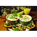 Молочный суп с луком-пореем и цукини