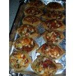 Слоеные маленькие пиццы
