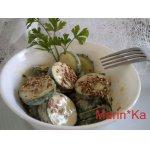 Салат из огурца с тахини и кунжутом