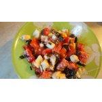 Салат с вялеными баклажанами