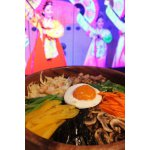 Бибимбап-рис, овощи, мясо и ваша фантазия