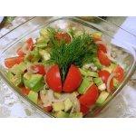 Салат из помидоров и авокадо