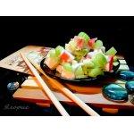 Крабовый салат с сельдереем и авокадо