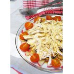 Легкий салат из курицы и овощей