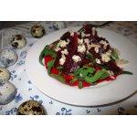 Салат из маринованной свеклы и овсяных хлопьев