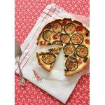 Открытый пирог с баклажанами и козьим сыром
