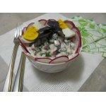 Салат с редисом и базиликом