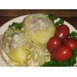 Тушеный фаршированный картофель