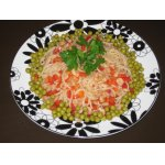 Теплый салат из рисовой лапши и креветок