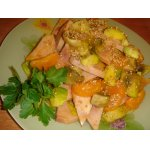 Салат с ветчиной, мандаринами и брюссельской капустой