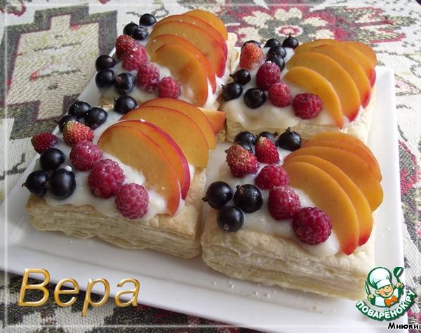 Слоеные пирожные Летние