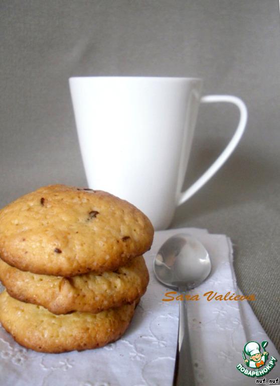 Печенье с кусочками шоколада и кешью