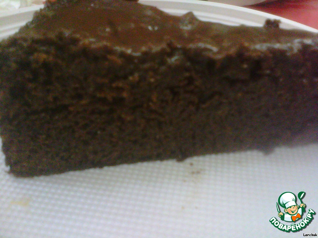 Шоколадно-медовый торт в шоколадной глазури