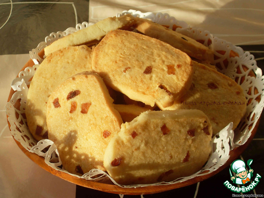 Кокосовое печенье с курагой