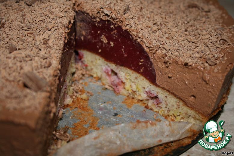 Шоколадный торт  с малиновым желе