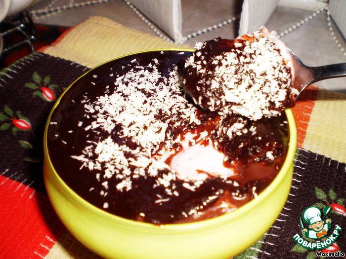 Десерт Клубничный крем в шоколаде