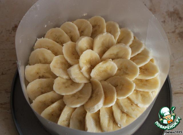 украшение торта бананом