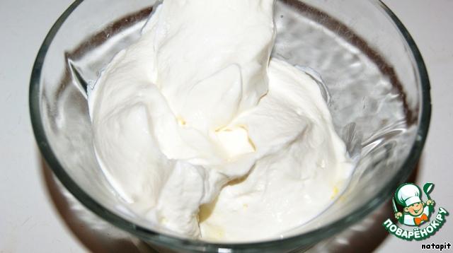 Абрикосовое мороженое-парфе