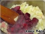 Блины с вишней под сметаной: рецепт с пошаговым фото, калорийность