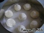 Шоколадный пирог с творожно-кокосовыми шариками ингредиенты
