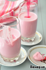 Once the yogurt and objects, put into the refrigerator, already chilled and served.   The book offers the warm milk immediately add honey, yogurt, beets, place in a warm place for 10-12 hours and then drain from the beets, pour into glasses, chill and serve. I the cooking process is slightly changed.