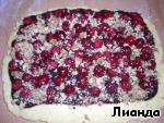 Дрожжевой пирог с шоколадным кремом, вишней и орехами ингредиенты
