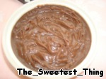 Ко второй части манки добавляем 50г чёрного шоколада, перемешиваем, чтобы шоколад расплавился.      Остужаем обе наших шоколадных манки и ставим в холодильник на пару часов.