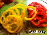 Slice bell pepper rings (it is better to choose three different colors — it looks more colorful), after removing the seeds.
