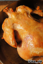 20 minutes passed - take out the bird.  In the same manner we turn it again (latest) and put in oven for 10 minutes.
