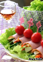 Spread on lettuce leaves.   Pleasant to You of appetite! :)