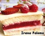 Торт буквально тает во рту и словно взрывается ягодными красками в обрамлении сливочной неги... Кому кусочек?)))