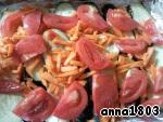 7. Теперь помидор, нарезанный пластинками.