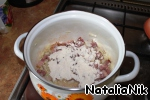 In the saucepan where you fried the bacon, add flour and fry, stirring, about 30 seconds.