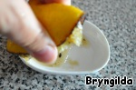 Squeezing the juice from lemon and add to the soup, govarival until cooked and turn off.