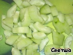 Cucumber peel, remove seeds (if large), cut into pieces and put in blender to squash