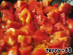 Place the tomatoes to the pepper and simmer for another 5 minutes.