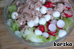 """Decanting from the liquid of canned tuna and mozzarella.  Add to salad with radishes.   Food for thought: """"Tuna in its own juice - this is the second meat source of complete proteins. Tuna is rich in vitamin A. tuna Meat in own juice is low in calories, is characterized by a favorable combination of iodine, copper, iron, manganese, phosphorus, vitamin D, vitamin E, B12, Pantothenic acid. Tuna proteins are broken down by digestive enzymes faster and easier than, for example, proteins of the beef. Tuna in its own juice is used to cook many tasty and healthy dishes. Tuna meat has such a noble taste. Tuna is one of the few fish species that do not lose their useful properties when canned. It contains almost no fat and is made with the addition of a minimum amount of salt to enhance the taste. Tuna is widely used in European and Japanese cooking."""""""