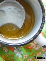 Heat the honey to a liquid state.