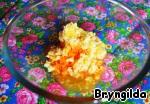 Морковь и лимон пропустить через мясорубку и всыпать фруктозу, можно сорбит, можно и сахар. Я делала с фруктозой, она делает печенье мягче и оно долго не черствеет.
